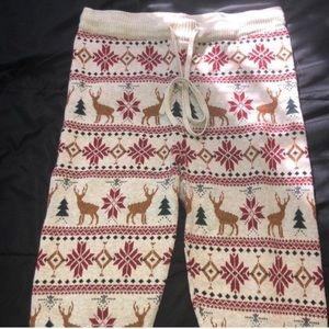 American Eagle Outfitters Holiday Leggings